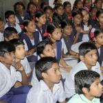 இலவச கல்வி சட்டத்தில் மாணவர்களை சேர்க்க மாட்டோம்!