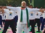 முதல் சர்வதேச யோகா தினம்: இந்தியர்கள் கின்னஸ் சாதனை!