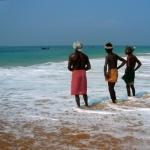 ஆந்திர மீனவர்கள் 160 பேர் மாயம்: ஹெலிகாப்டர்களில் தேடும் பணி தீவிரம்!