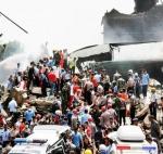 ராணுவ விமானம் விழுந்து 43 பேர் பலி: இந்தோனேஷியாவில் பயங்கரம்!