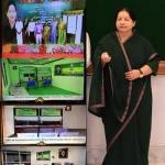 தமிழகத்தில் 151 இ-சேவை மையம்: ஜெயலலிதா தொடங்கி வைத்தார்!