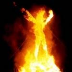 காதலனை பார்க்காத ஏக்கத்தில் கல்லூரி மாணவி தீக்குளித்து தற்கொலை!