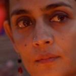'மாட்டைப்போல் மனிதர்களை கொல்கின்றனர்!'- விருதை திருப்பி அளித்தார் அருந்ததி ராய்