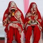 டெல்லியில் ஒரே நாளில் 25 ஆயிரம் திருமணங்கள்: டிராபிக்கில் திணறும் தலைநகரம்