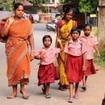 'சனிக்கிழமை வகுப்பு: ஓவர் டைம் செய்ய மாணவர்கள் ரோபோக்கள் அல்ல!' -  ராமதாஸ் காட்டம்!