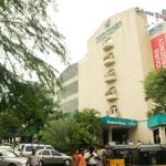 சென்னை உள்பட இந்தியா முழுவதும் அப்பல்லோ மருத்துவமனைகளில் ஐடி ரெய்டு!