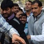 ஜவகர்லால் பல்கலை பிரச்னை: டெல்லி நீதிமன்றத்தில் வக்கீல்கள் மீண்டும் வன்முறை!