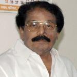 உஷாரான பிள்ளைகள்: தேர்தல் செலவுக்காக கையேந்தும் கே.கே.எஸ்.எஸ்.ஆர்!