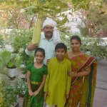 மாடித்தோட்ட மகிமை: 8 ஆண்டுகளாக மார்க்கெட் போகாத குடும்பம்