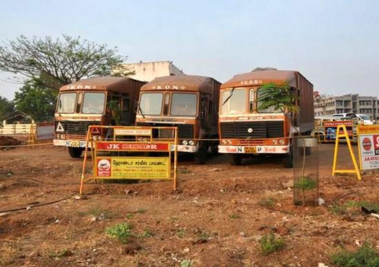 570 கோடி ரூபாய் பறிமுதல் - தேர்தல் பறக்கும் படையினர் அதிரடி