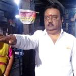 கோவிலில் தேர்தல் உறுதிமொழி எடுத்த விஜயகாந்த்: வைரல் போட்டோஸ்!