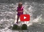 நீர் சறுக்கு விளையாட்டில் உலக சாதனை படைத்த 6 மாத குழந்தை (உற்சாக வீடியோ)