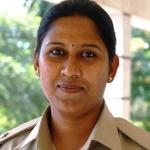 அமைச்சர் தந்த அரசியல் நெருக்கடி: பெண் டி.எஸ்.பி. ராஜினாமா!