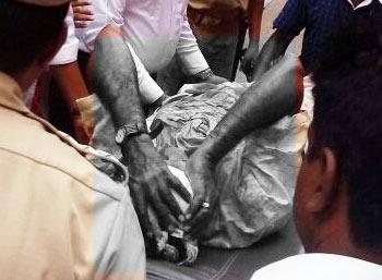 Murder Attempt On Lawyer in Chennai High court
