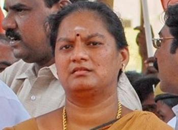 Sasikala Pushpa removed from AIADMK, Jayalalitha Action