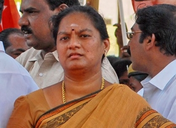 Business man lodged a complaint against sasikala pushpa under cheating
