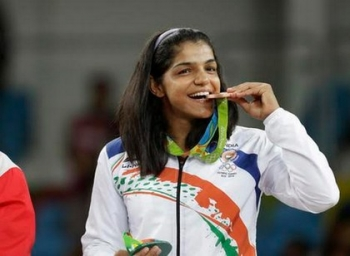 Sakshi Malik scripts history, bags bronze medal for india