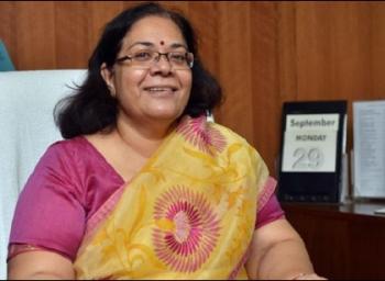14 விநாடியா...பத்து விநாடி உற்றுப் பார்த்தாலே குற்றம்தான்...! பெண்கள் ஆணையம் அதிரடி
