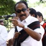'பல் இல்லாத' அமைப்பால் என்ன பிரயாேஜனம்..?!' யாரைச் சாடுகிறார் வைகோ