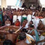 முதல்வருக்காக திருச்செந்தூர் கோயிலில் யாகம் நடத்திய அமைச்சர்கள்