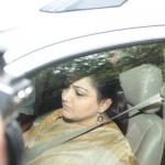 'முதல்வர் வீடு திரும்பி மக்களுடன் தீபாவளி கொண்டாட வேண்டும்': அப்போலோவில் குஷ்பு