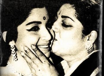From Mysuru to 81, Poes garden...Travel of Jayalalithaa : Ammu waits for Amma : Episode-2