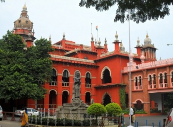 காந்தியே நின்றாலும் காணாமல்தான் போவார்: அதிரும் அரவக்குறிச்சி தேர்தல்