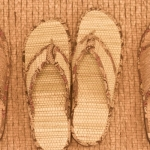 உச்சி குளிரச்செய்யும் மூலிகை செருப்பு...வெட்டிவேர் மகத்துவம்! #GoGreen