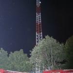புதிய ரூபாய் நோட்டுக்கு எதிர்ப்பு: செல்போன் டவரில் ஏறி ஒருவர் தற்கொலை முயற்சி!