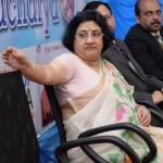 'ஆம்... 500 ரூபாய் புழக்கத்தில் இல்லாதது தான் பிரச்னை..!' ஸ்டேட் வங்கி தலைவர் ஒப்புதல்