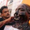 'மன்னார்குடி லாபியிலிருந்து ஓ.பி.எஸ் தான் கட்சியை காப்பாற்ற வேண்டும்!' -  ஹூசைனி