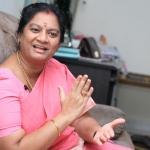 'சசிகலாவை   எதிர்ப்பவர்கள் அணி திரள்கிறார்கள்!' - சசிகலா புஷ்பாவின் சிக்னல்