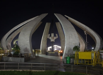 This is how Jayalalithaa's memorial look during night hours