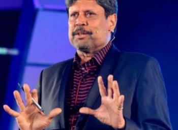 Dhoni should continue as captain for India, says Kapil dev