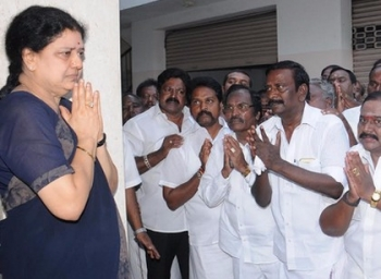 will sasikala come to admk general body meeting?