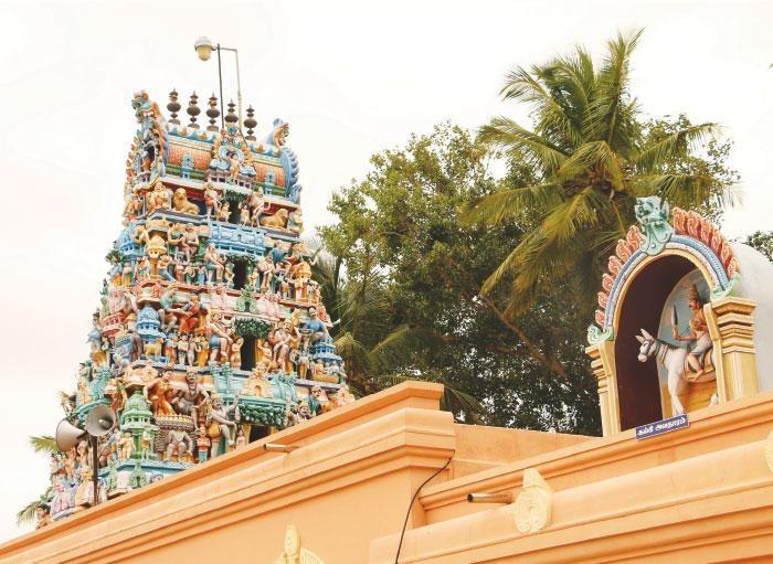 கோயில் கோபுரம்