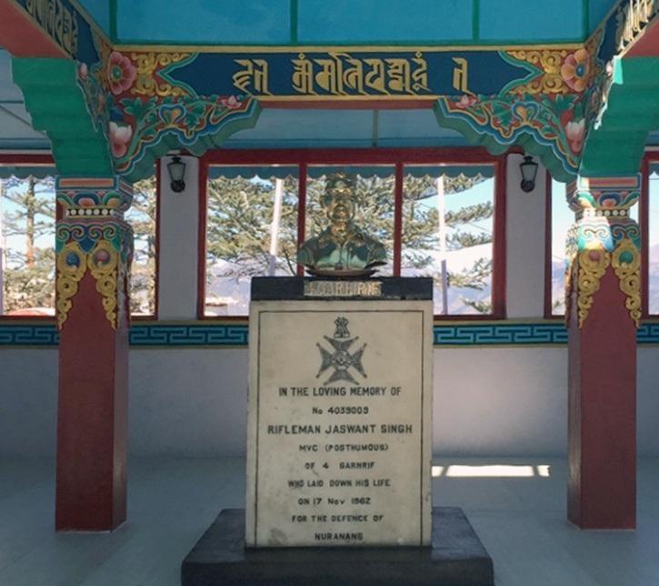 சீனர்கள் வைத்த ஜஸ்வந்த் சிங் ராவத் சிலை