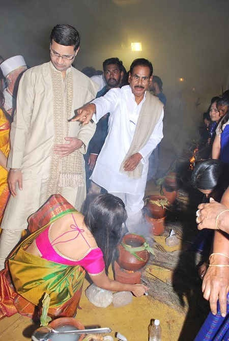 Natarajan நடராஜன்