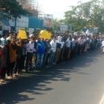 #Jallikattu- ஐ.டி. ஊழியர்களும் ஜல்லிக்கட்டுக்கு ஆதரவாக போராட்டம்!