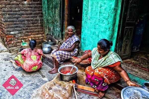 கிராமத்தில் பெண்களின் சமையல்! படம் : க.விக்னேஸ்வரன்