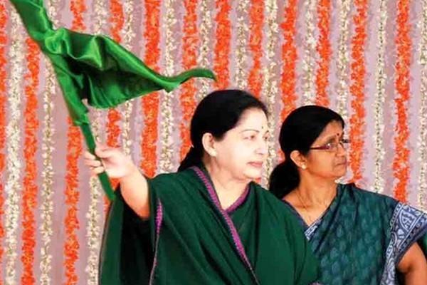 ஜெயலலிதா-ஷீலா பாலாகிருஷ்ணன்