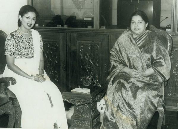 கெளதமி - ஜெயலலிதா