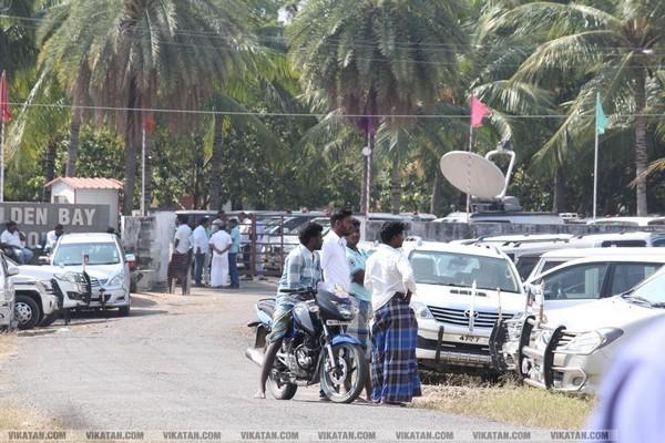 கூவத்தூர் கோல்டன் பே ரெசார்ட்