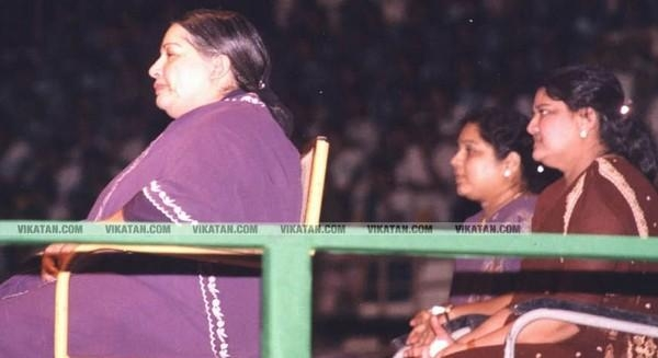 சசிகலா ஜெயலலிதா