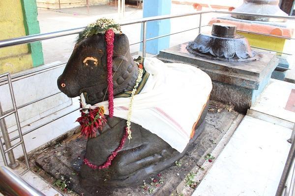 கோயில் நந்தி சிலை