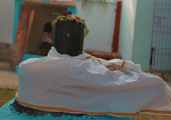 திரிபுரசுந்தரி சமேத சந்திரமௌளீஸ்வரர் சிவ லிங்கம்