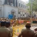 சபையில் அ.தி.மு.க. எம்.எல்.ஏ.க்களின் அமைதிக்கு இதுதான் காரணம்? #VikatanExclusive