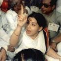 அமளிதுமளி சட்டமன்றம்... 1988-லும் 2017-லும் என்ன நடந்தது?