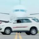 'சிங்கம்' சூர்யா மாதிரி ஃப்ளைட்டை ஓவர்டேக் செய்யும் உலகின் அதிவேக 10 கார்கள்! #DriveFast