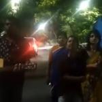சசிகலாவுக்கு எதிராக போயஸ் தோட்டம் எதிரே ராப் பாடல்! (வீடியோ)